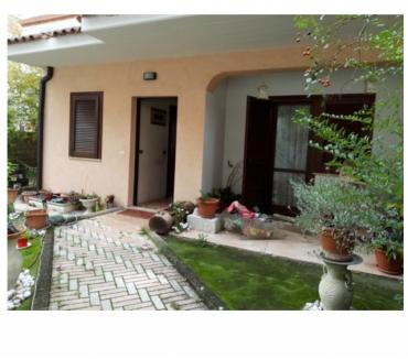 Foto di Vivastreet.it Villa di testa al centro di Sulmona