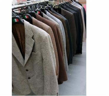 Vestiti e accessori Mezzolombardo Annunci abbigliamento