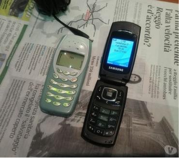 Foto di Vivastreet.it Nokia 3400 Motorola V360 Samsung SGH-X210 Sony Ericsson J100