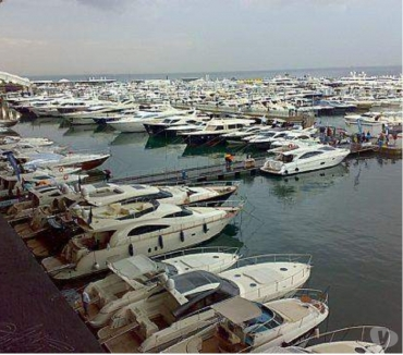 Foto di Vivastreet.it barca yacht cabinati privati lux