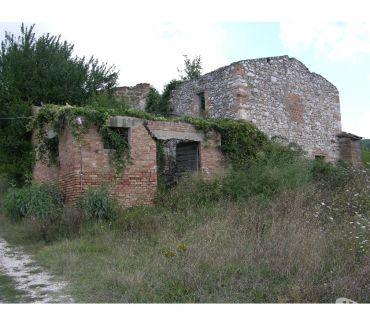 Foto di Vivastreet.it Rif. 129 rudere casale Narni Scalo