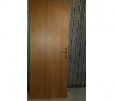 Foto di Vivastreet.it Porta tamburata portone per interni in legno maniglia casa