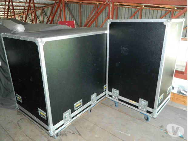 Foto di Vivastreet.it HAMMOND mod E + Leslie + 2 flight cases professionali