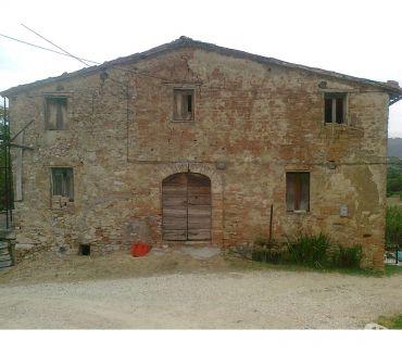 Foto di Vivastreet.it Rif. 191 casale vic. Collevalenza di Todi