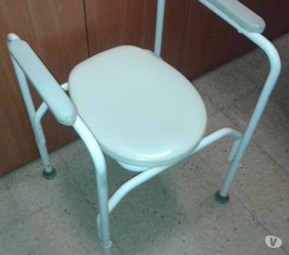 Foto di Vivastreet.it Struttura alza wc con braccioli, gambe regolabili