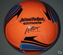 Foto di Vivastreet.it Pallone in cuoio - Nuovo arancio fluorescente