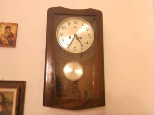 Foto di Vivastreet.it Orologio antico a pendolo da paretemuro in legno