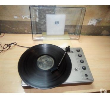 Foto di Vivastreet.it Giradischi disco 33 45 giri vintage old antico musica dance