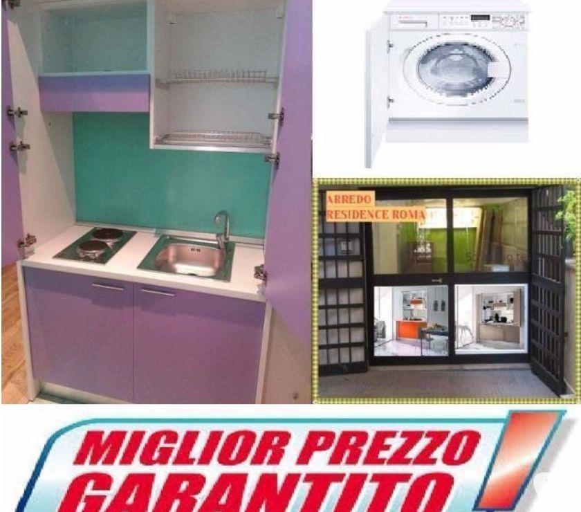 Arredo b&b a roma-via gallia,98-Cucina monoblocco lilla in ...