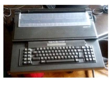 Foto di Vivastreet.it Macchina per scrivere elettronica Olivetti ET115 per ricambi