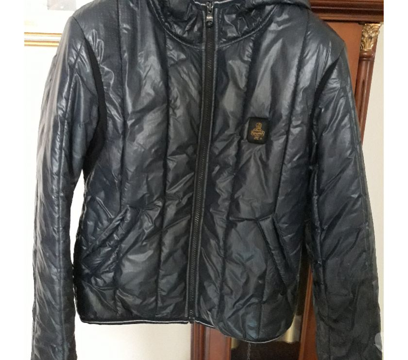 abbigliamento e accessori moda Reggio nell'Emilia e provincia Scandiano - Foto di Vivastreet.it Refrigiwear donna con cappuccio