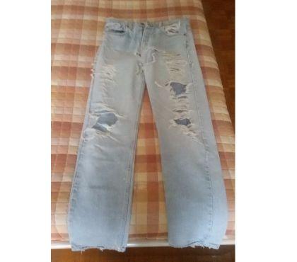 Foto di Vivastreet.it Jeans con strappi Levis 505