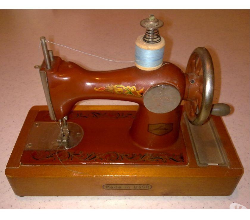 Macchina per cucire mini russa vintage grosseto for Mini macchina per cucire