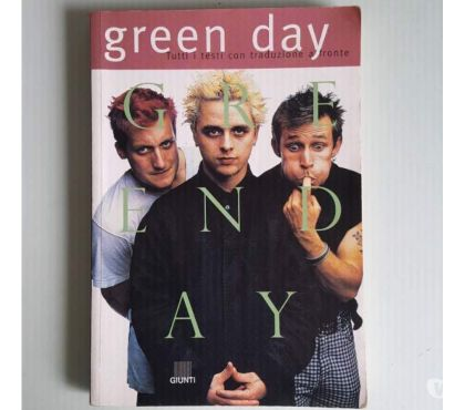 Foto di Vivastreet.it Green day - Testi con traduzione a fronte
