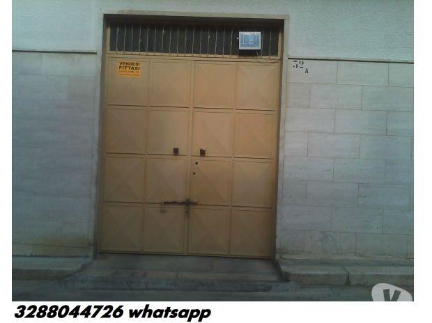 Foto di Vivastreet.it Vendoaffitto garage 70mq strada privata