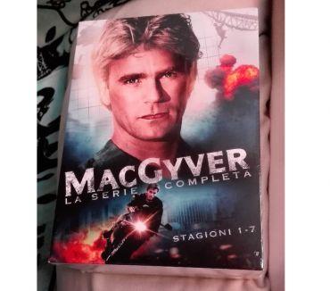 Foto di Vivastreet.it MacGyver tutte le serie complete in box dvd