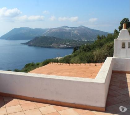 Foto di Vivastreet.it Lipari Villa panoramica con terrazze in zona esclusiva