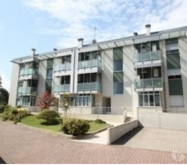 Foto di Vivastreet.it Privato vende appartamento arredato balconata arredato centr
