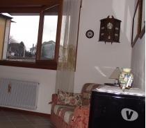 Foto di Vivastreet.it Privato cede bicamere arredato finemente balconato sul c sto