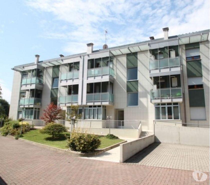 occasioni case in affitto Gorizia e provincia Gorizia - Foto di Vivastreet.it Bicamere balconato sul centro storico privato cede arredato