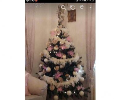 Foto di Vivastreet.it Albero di Natale addobbato