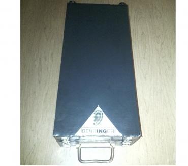 Foto di Vivastreet.it Flight case valigetta valigia console mixer behringer dfx69