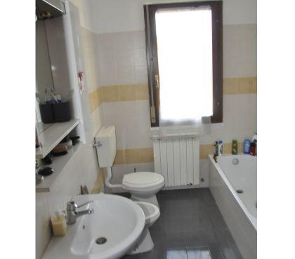 Foto di Vivastreet.it appartamento 4 vani+garage+terrazzo 2 piano €.89000