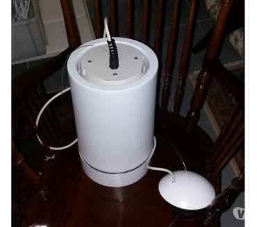 Foto di Vivastreet.it lampada bianca