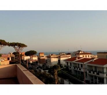 Foto di Vivastreet.it Appartamento con mansarda a Anzio