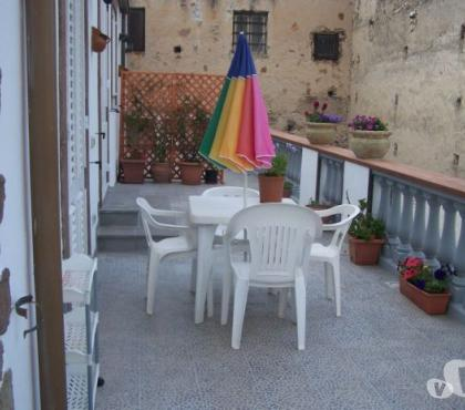 Foto di Vivastreet.it canneto appartamento con terrazze e balconi vicino spiaggia