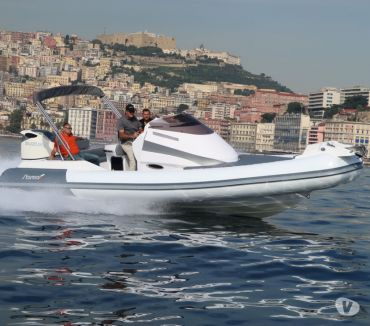 Foto di Vivastreet.it gommone Starmar wa rib qualità superiore sportcabin luxury