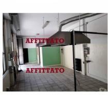 Foto di Vivastreet.it Laboratorio con canna fumaria Milano Comasina Val di Bondo