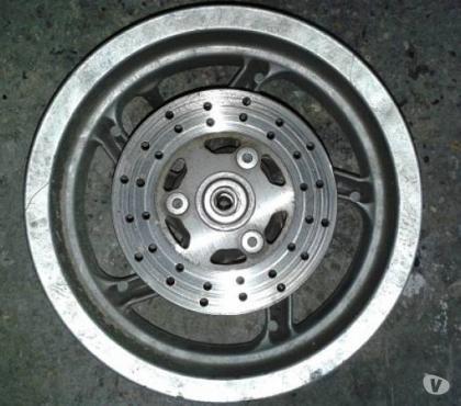 Foto di Vivastreet.it Cerchio danneggiato, con disco, per Piaggio Zip