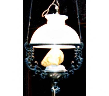 Foto di Vivastreet.it Lampadario antico Liberty con cappello in opaline
