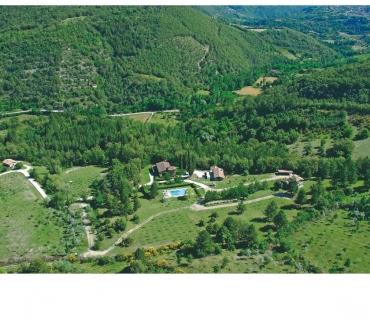 Foto di Vivastreet.it Agriturismo Casentino €. 1.900.000