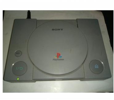 Foto di Vivastreet.it Sony playstation 1 ps1 console consolle guasta videogioco 90