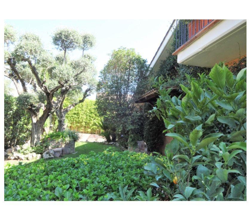 proprietà immobiliari in vendita Roma e provincia Formello - Foto di Vivastreet.it FORMELLO LE RUGHE, VILLA PRESTIGIOSA 350 MQ