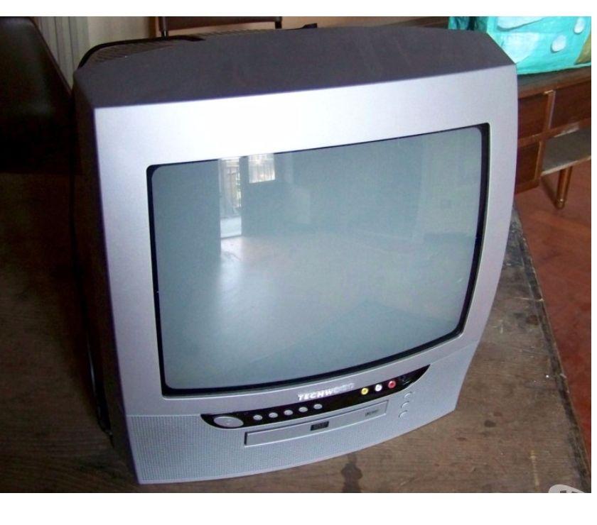 TV - Hi-Fi - Fotografia Asti e provincia Asti - Foto di Vivastreet.it TV 14 pollici combo con lettore CDDVD MATSUI