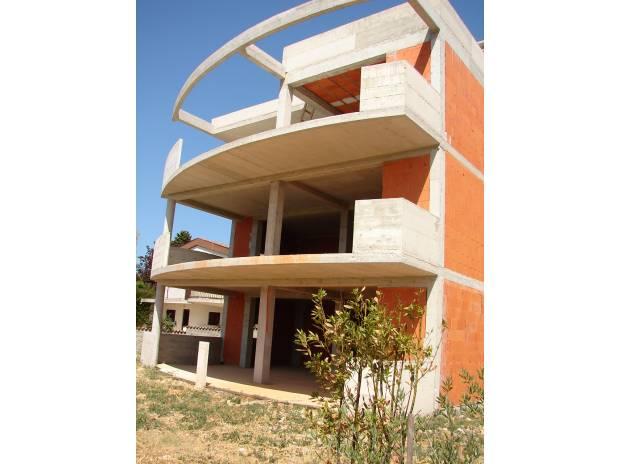 Case e investimenti immobiliari all 39 estero for Deckplan com piani di coperta gratuiti