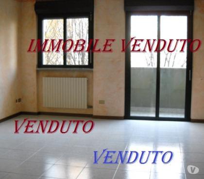 Foto di Vivastreet.it Bovisasca via Mozzoni Ottimo 3 locali doppi servizi
