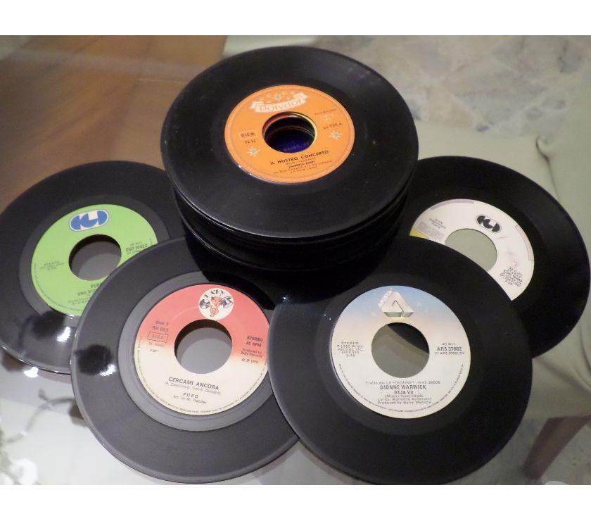 """compact disc dvd e videogames Palermo e provincia Palermo - Foto di Vivastreet.it LOTTOSTOCK di 25 """"45 giri"""" 7'' Vari Titoli 607080"""