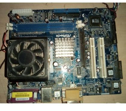 Foto di Vivastreet.it Scheda madre computer fisso ram cpu amd athlon xp windows xp