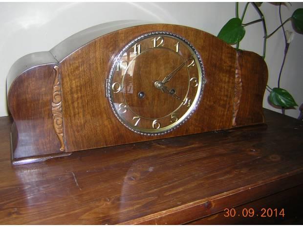 Foto di antico orologio da tavolo camino - Orologio da tavolo antico ...