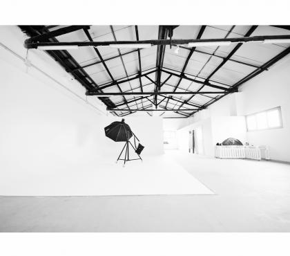 Foto di Vivastreet.it Sala posa studio fotografico limbo cyclorama Tiburtino Roma