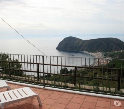 Foto di Vivastreet.it Lipari villetta panoramica con terrazze,giardino,parcheggio