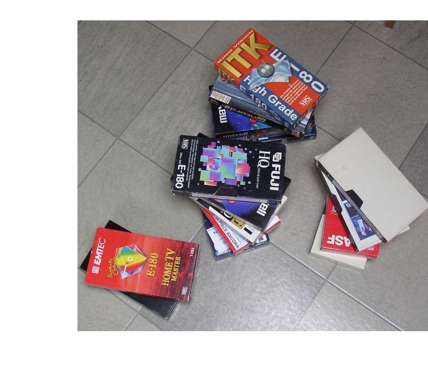 compact disc dvd e videogames Padova e provincia Abano Terme - Foto di Vivastreet.it lotto 15 vis registrazioni tv film genere horror....