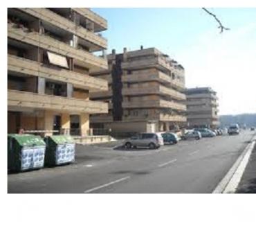 Foto di Vivastreet.it Magazzino deposito 100 mq. roma est ponte di nona 380 €
