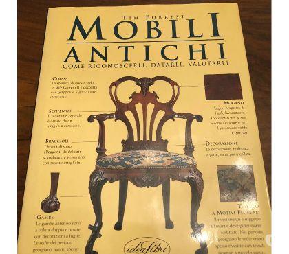 Foto di Vivastreet.it mobili antichi. Come riconoscerli, datarli e valutarli