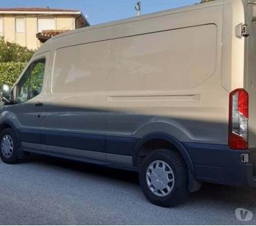 Foto di Vivastreet.it Noleggio furgone con autista