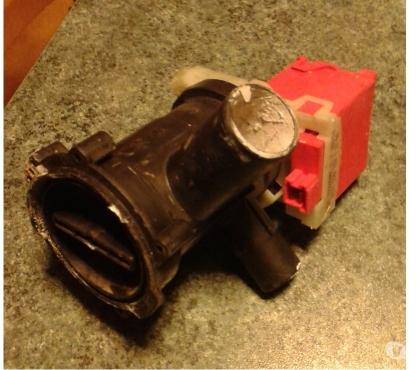 Foto di Vivastreet.it Pompa lavatrice bosch calassxx5 ricambi